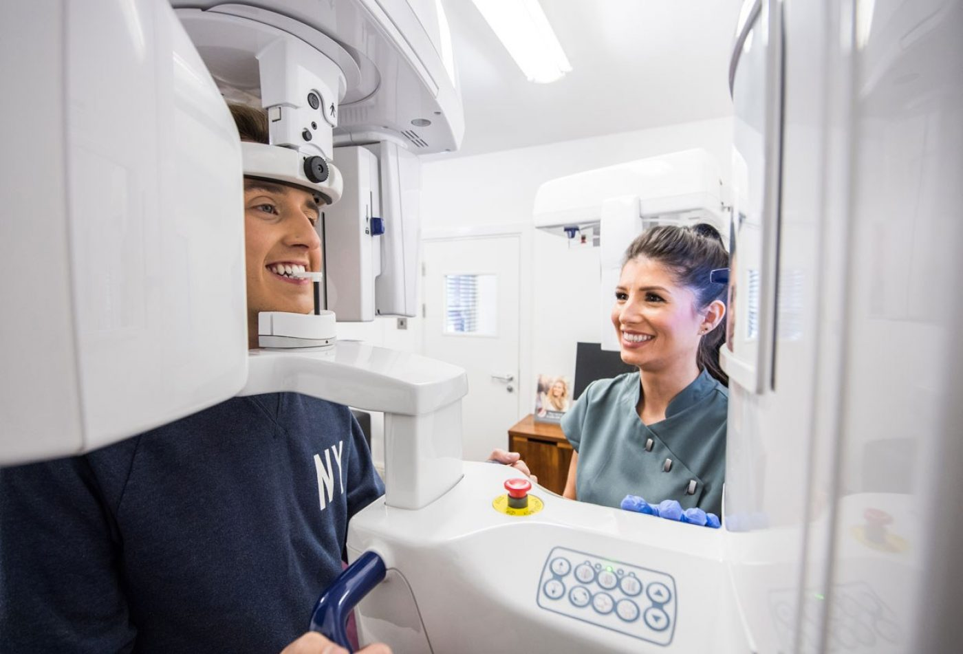 Aston Clinton Dental Implants Ctscanner