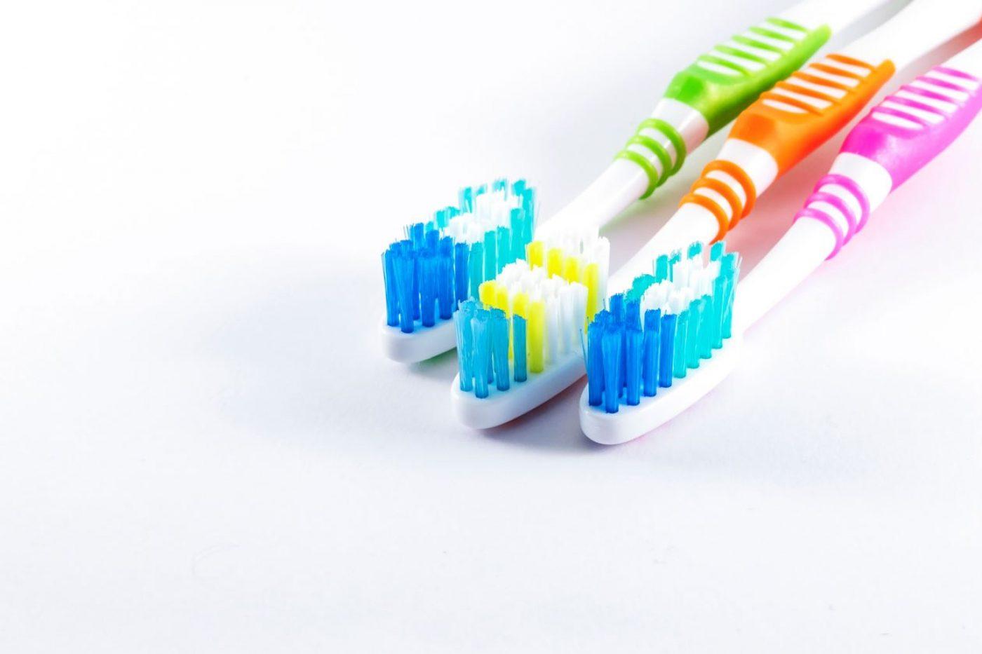 Hdic Advicecare Freshbreathtoothbrush