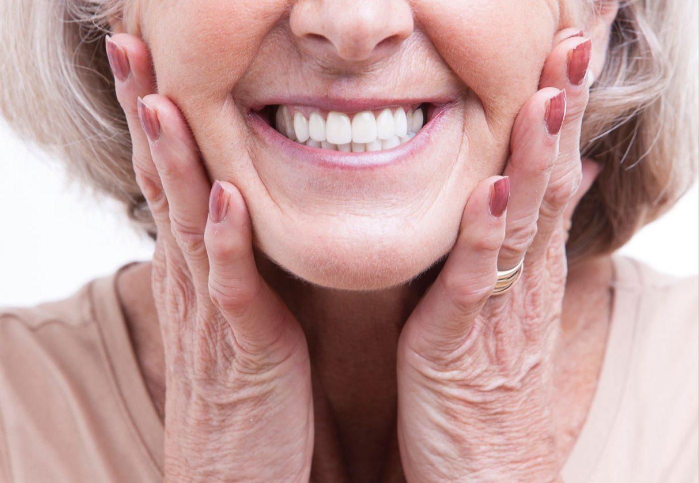 32 Whites Replacing Teeth Dentures
